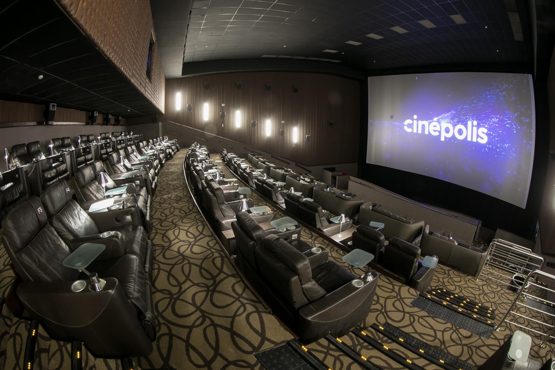 Sala VIP de cinema do Cinépolis.